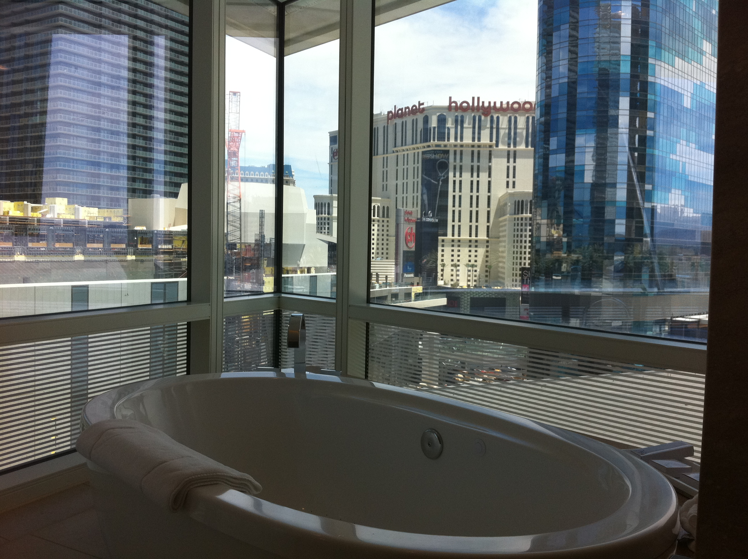 Aria Corner Suite upgrade worth it now or wait for check ...